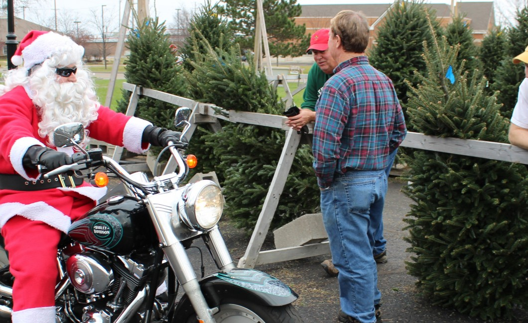 Christmas Tree Lot attracts a special visitor–Ho! Ho! Ho!  Dec 8th 2015